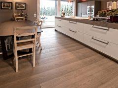 È possibile posare un pavimento in legno in cucina? - Paral Parquet